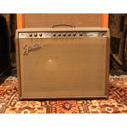 Vintage 1962 Fender Vibrasonic 1x15 Tweed Valve Amplifier Combo