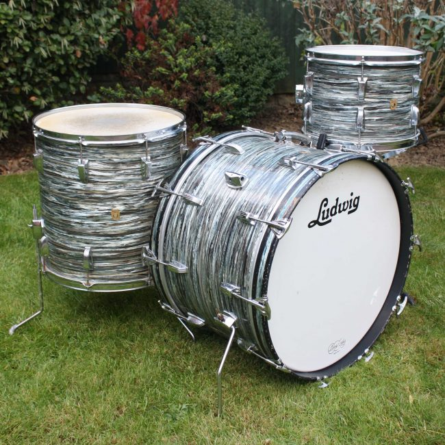Vintage 1969 Ludwig Super Classic Blue Oyster Pearl Drum Kit