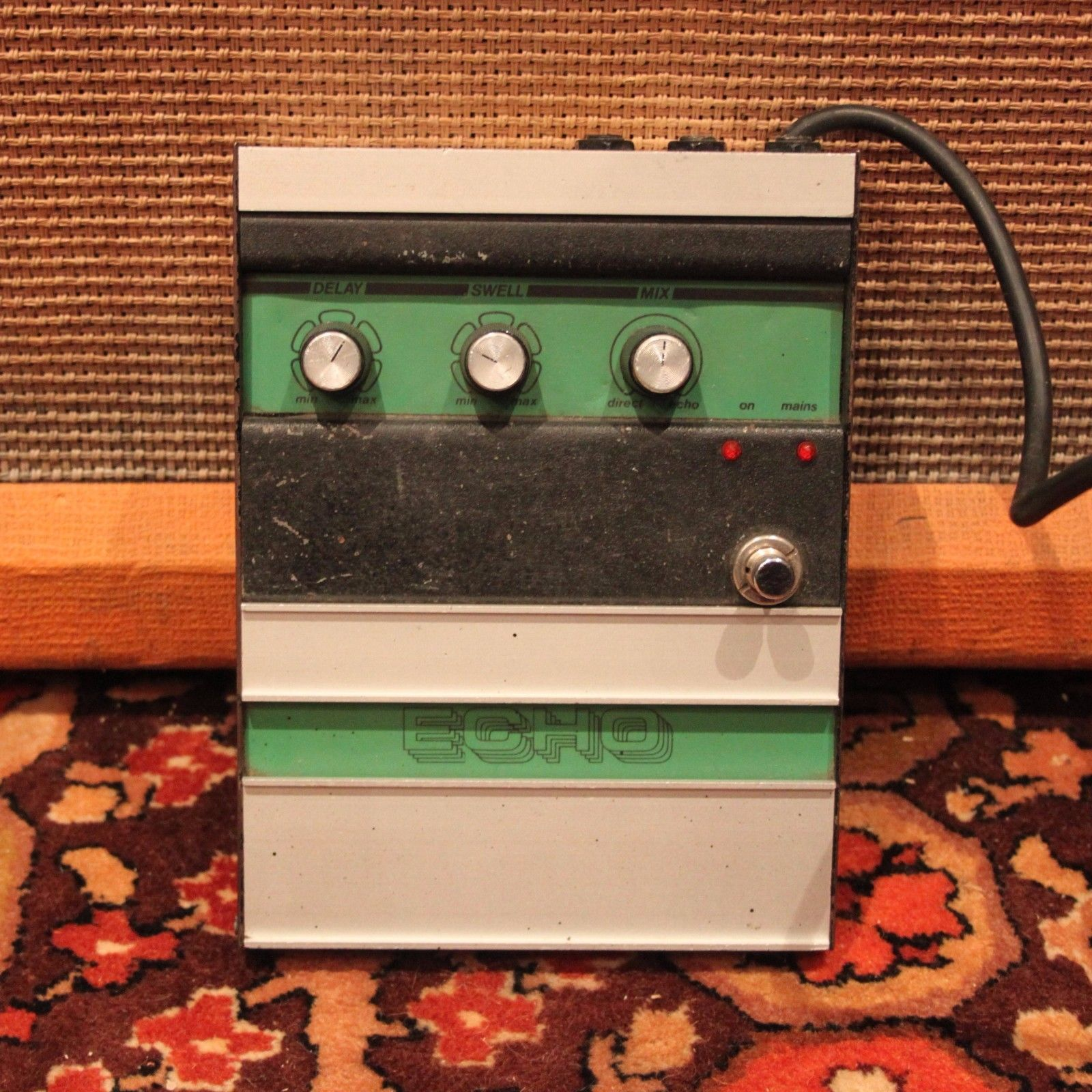 Vintage 1970s Carlsbro Echo Reticon R5101 Guitar Effects Pedal