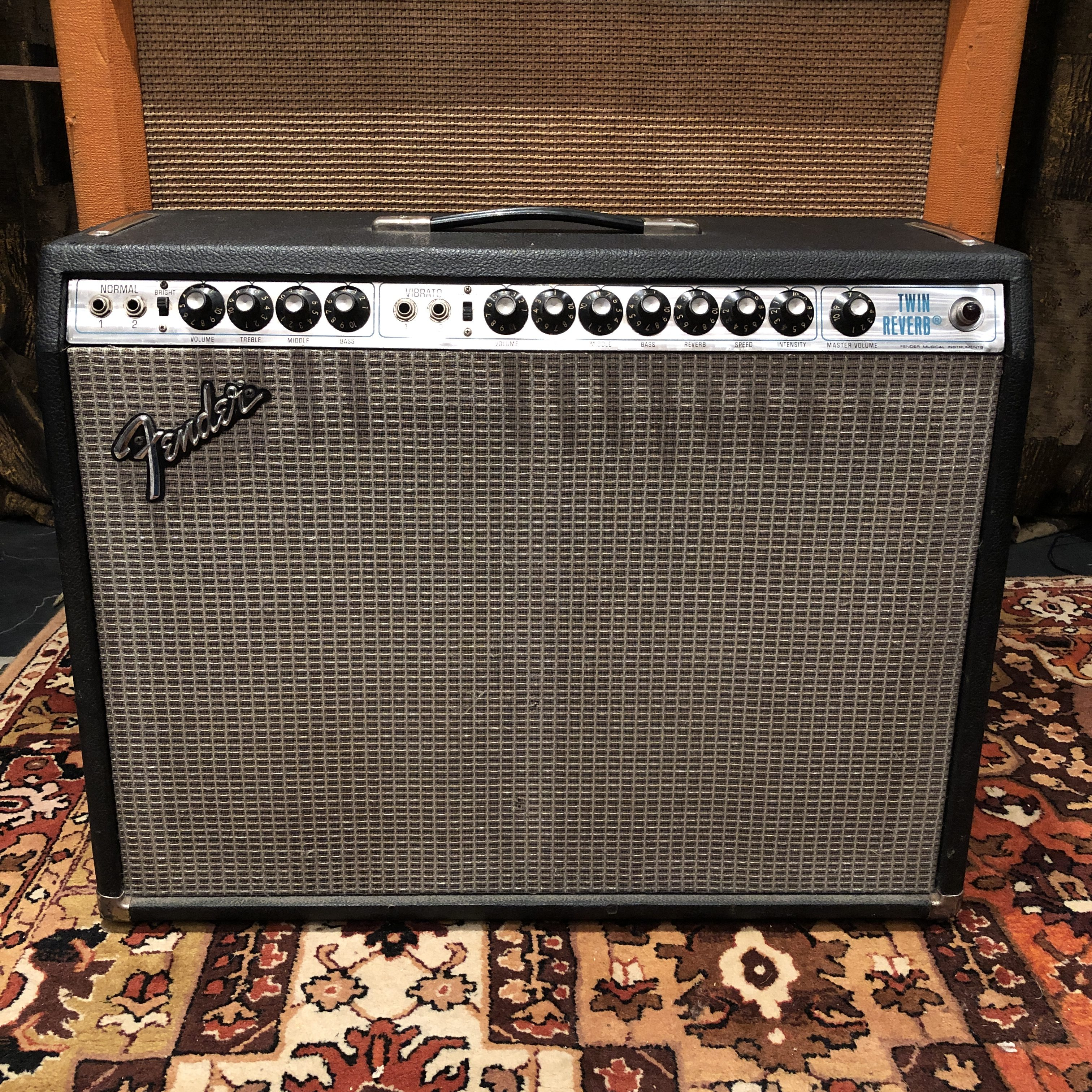 Vintage 1977 Fender Twin Reverb Silverface Valve Amplifier Combo