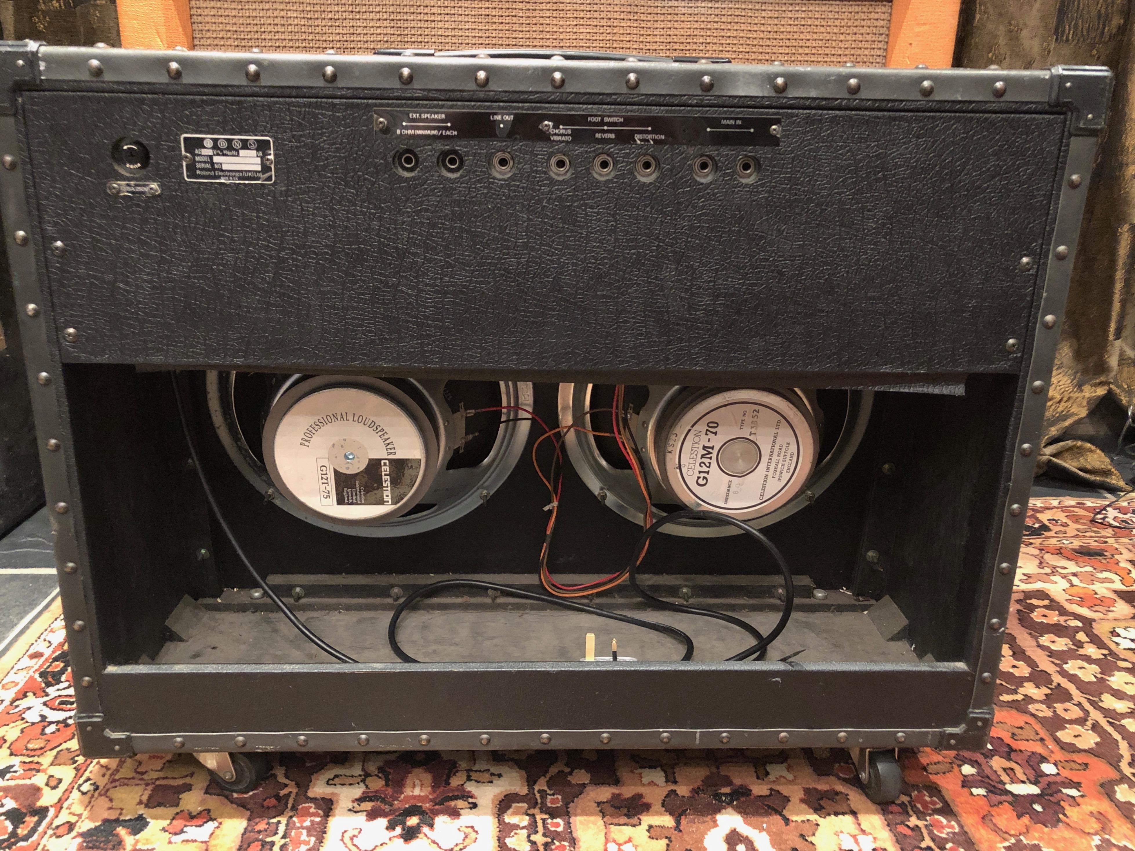 vintage 1970s 1980s roland jazz chorus jc120 2x12 amplifier combo. Black Bedroom Furniture Sets. Home Design Ideas